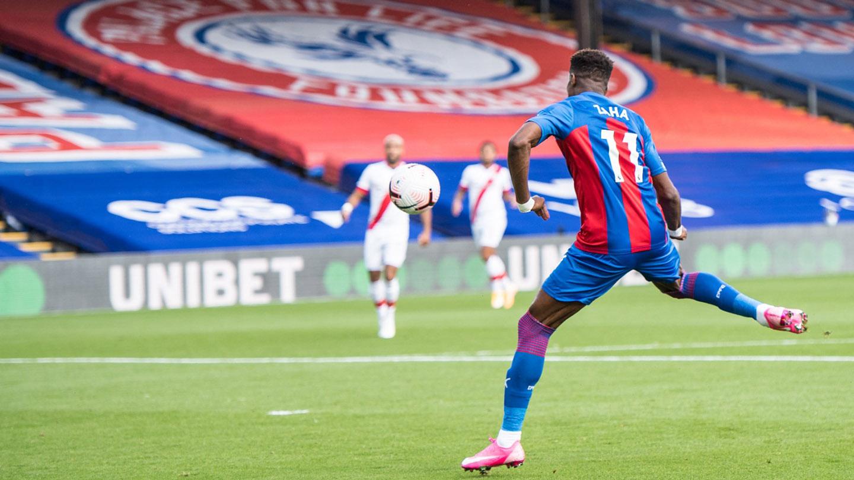 Zaha volley Southampton 20-21.jpg