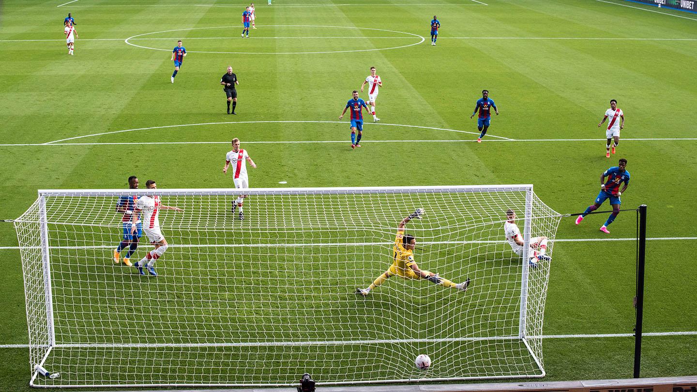 Photos of the season 20-21 - B7 Zaha first goal of the season v Southampton.jpg