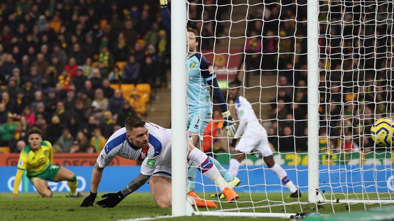 Connor Wickham Norwich goal.jpg
