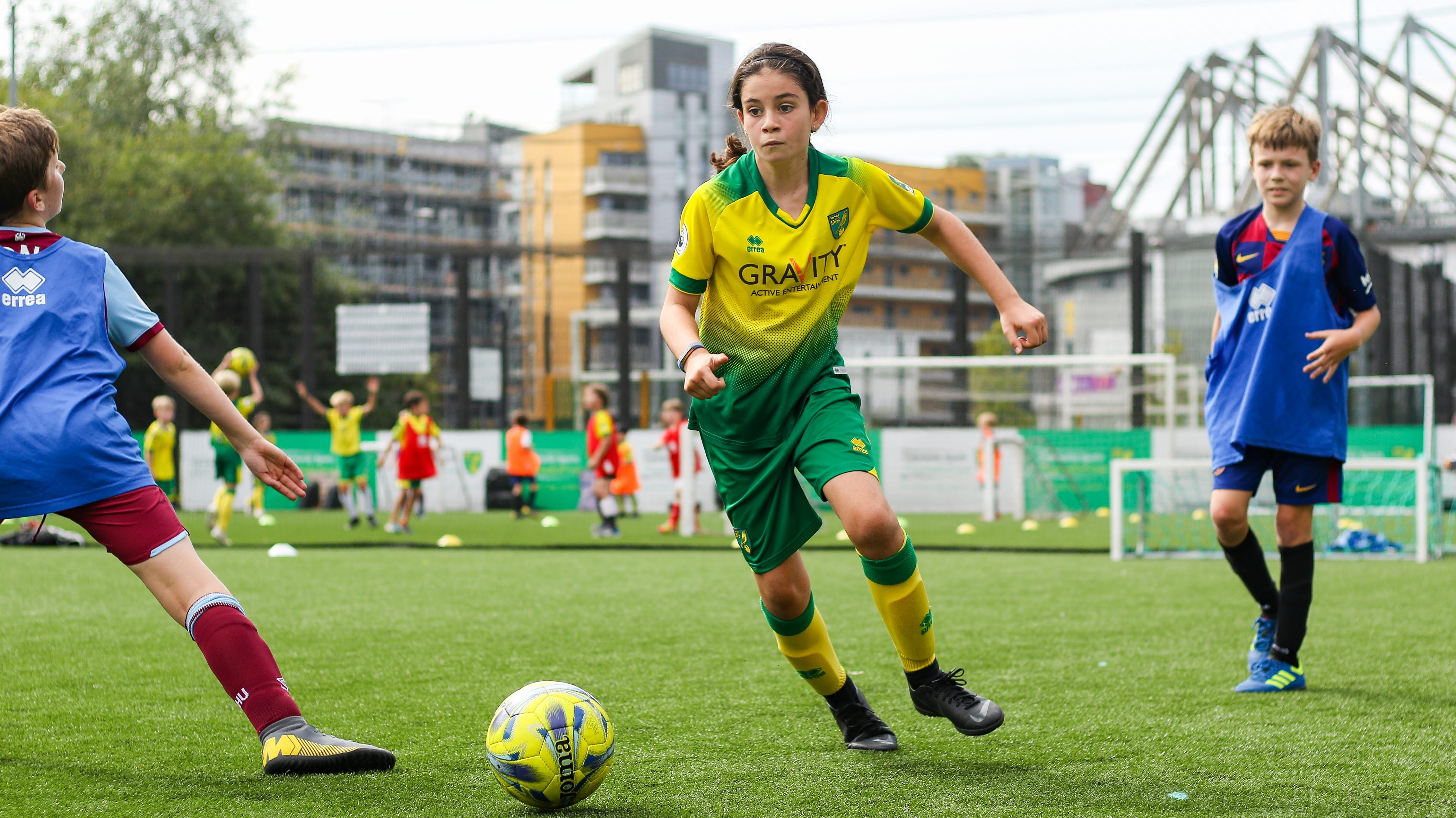 free-girls-pdc-taster-sessions