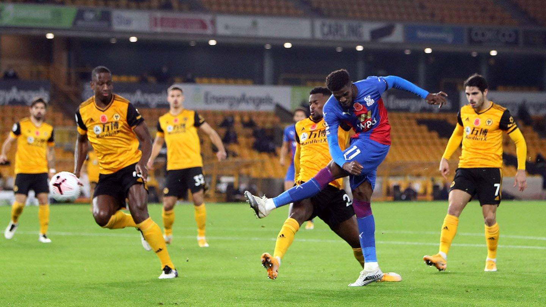 Wilfried Zaha shot v Wolves.jpg