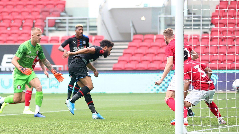 Andros Townsend goal Bristol City.jpg