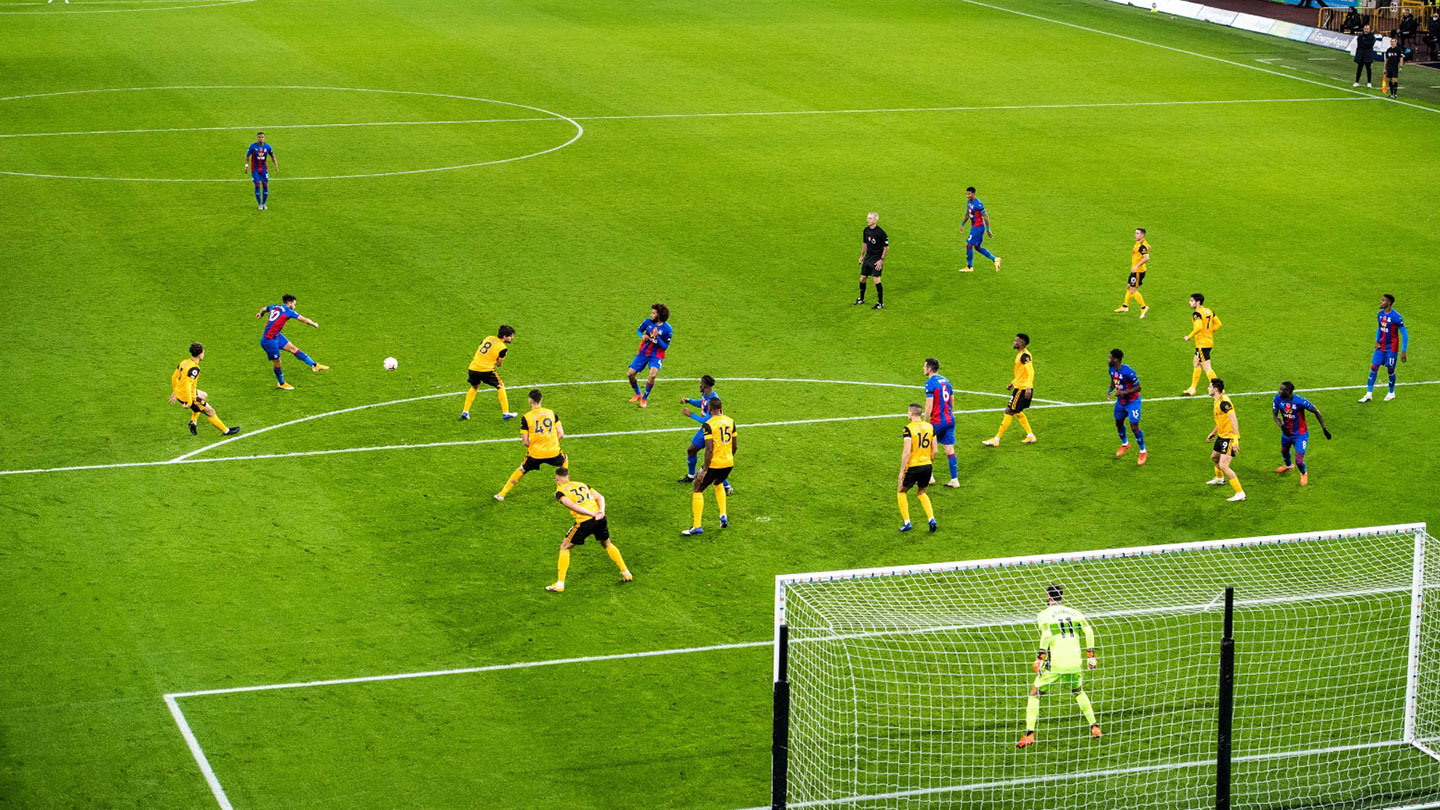 Andros Townsend volley v Wolves.jpg