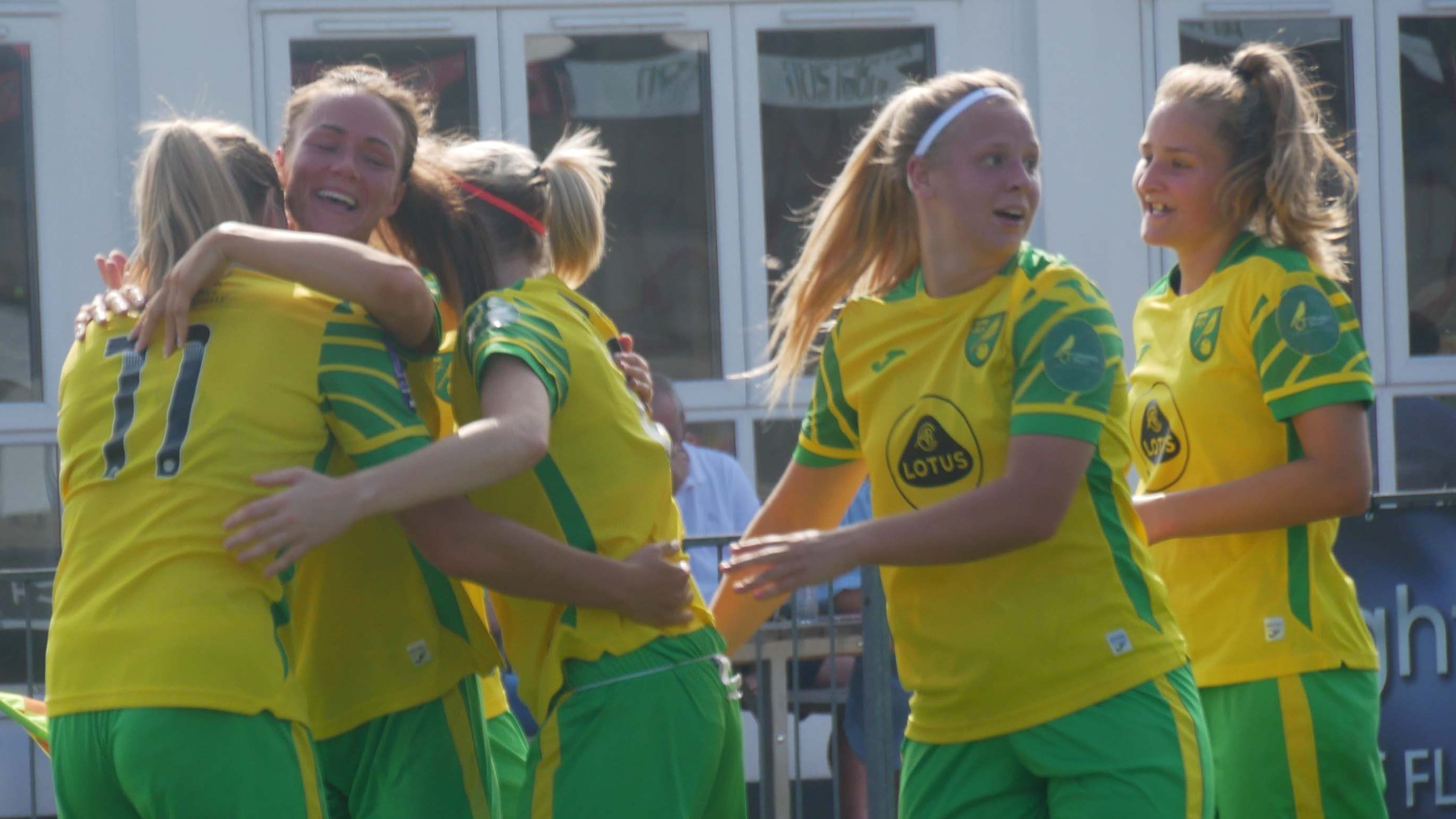 megan-todd-scores-to-give-norwich-city-women-first-point-of-the-season