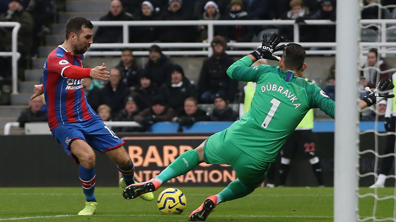 James McArthur chip Newcastle.jpg