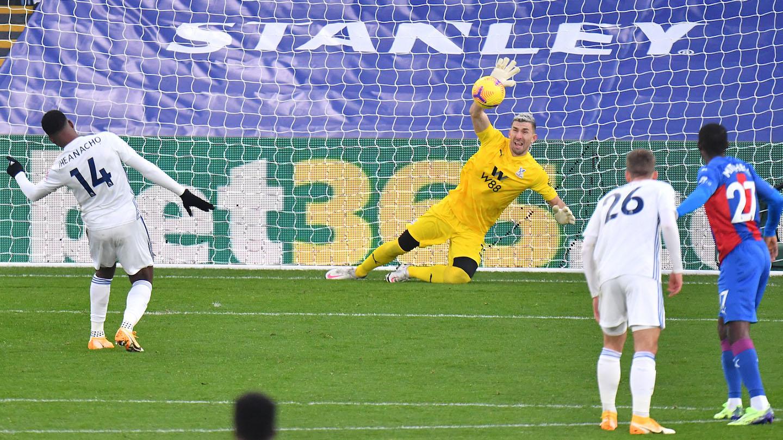 PALLEI 00 Guaita penalty save.jpg