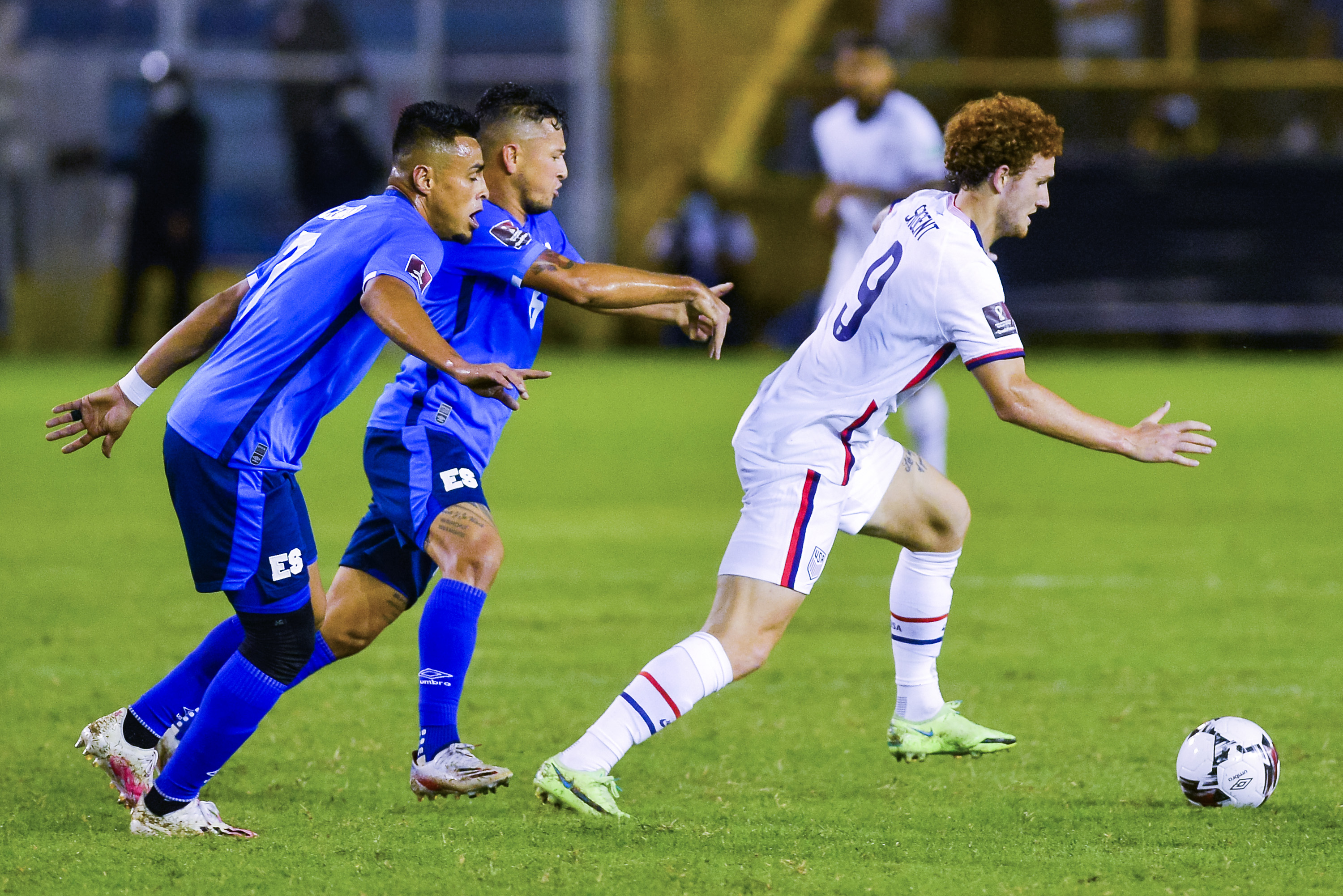 josh-sargent-features-for-usa-as-they-go-up-to-third-in-qualifying-group