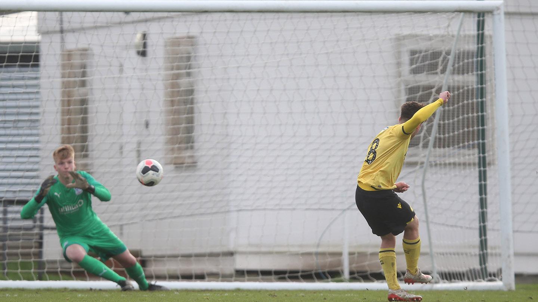 Penalty Millwall Under 18s.jpg