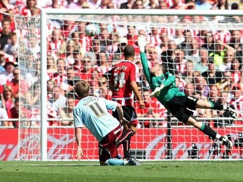 Wade Elliott's £60m strike at Wembley.