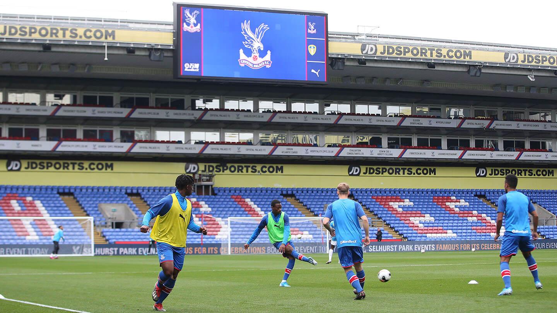 McGregor warm up v Leeds (1).jpg