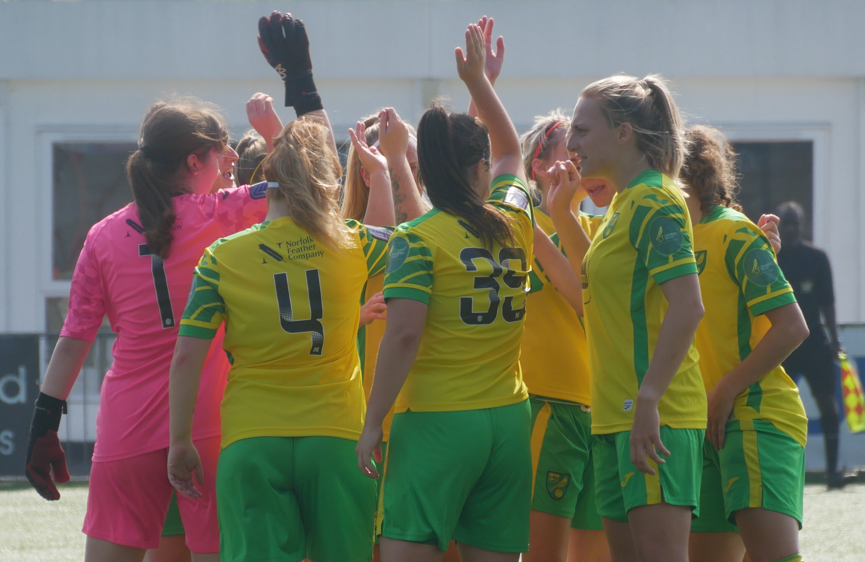 shaun-howes-pleased-with-determined-display-from-norwich-city-women