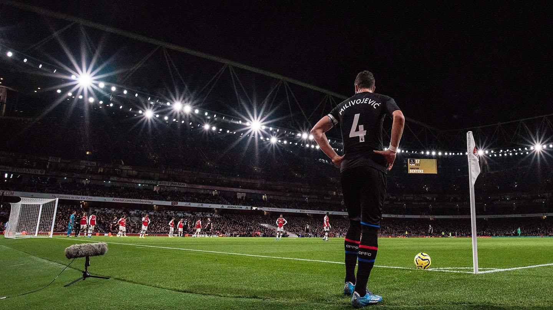 Milivojevic corner Arsenal Emirates.jpg