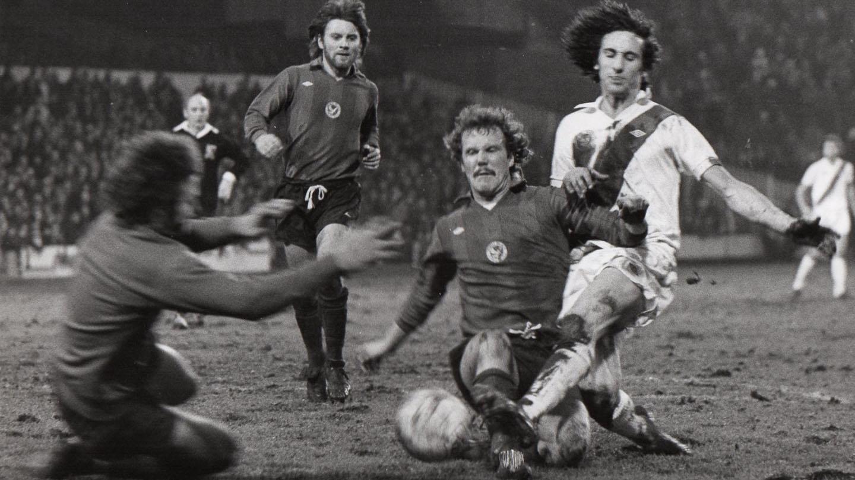 Paul Cleal Palace 03 Grimsby 1977.jpg