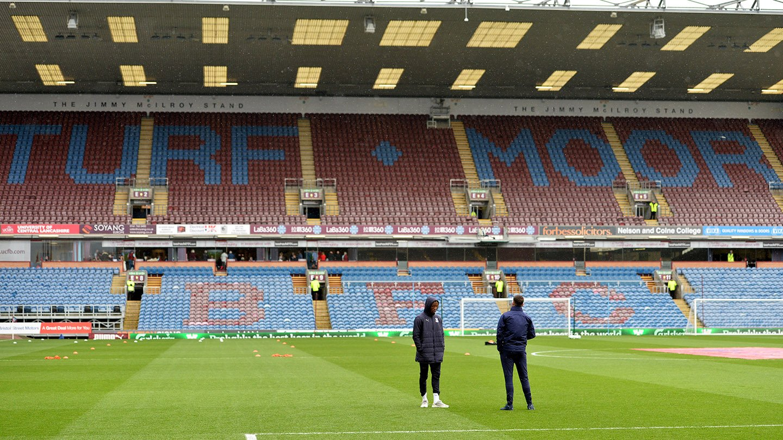 Zaha Turf Moor pre-match.jpg