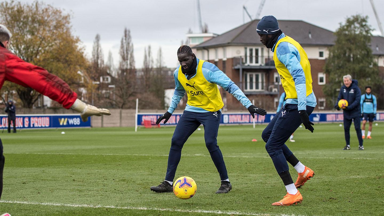 Cheikhou Kouyate Pre-Arsenal Interview Sakho.jpg